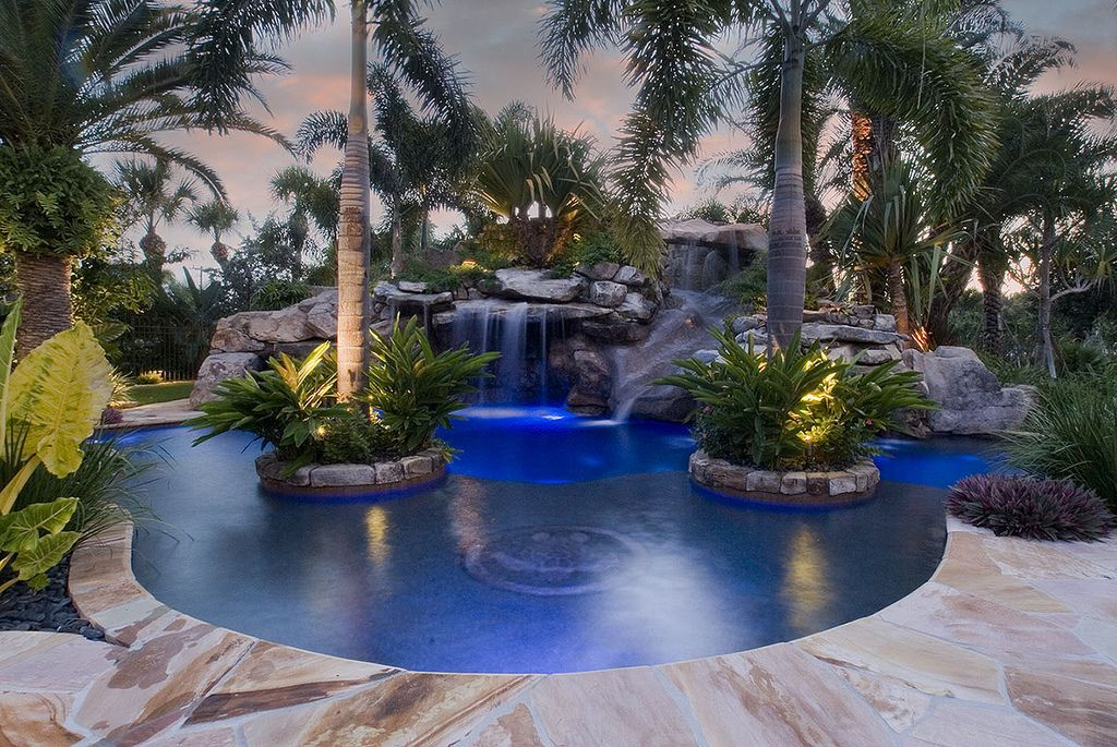 2 Complete Outdoor Designs Of Swimming Pools By Lucas Congdon Backyard Pool Landscaping Backyard Pool Pool Landscaping