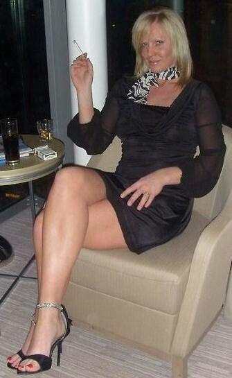 Pin by Rammí Bazán on mature | Dresses, Fashion, Pretty Woman