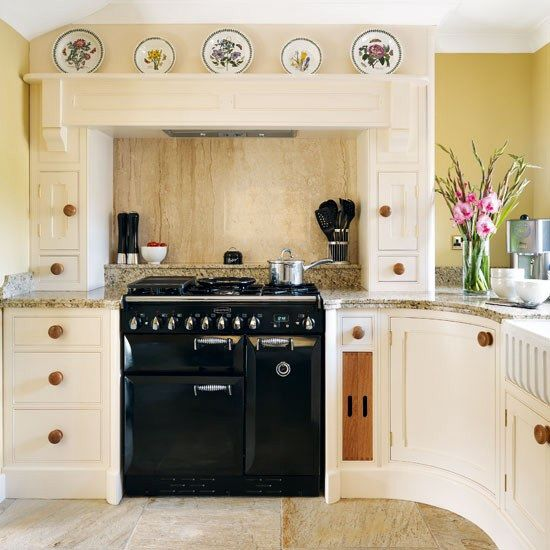 Contemporary cooker range cooker within chimney breast Glen