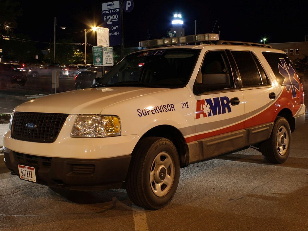 American medical responseamr supervisor ford expedition