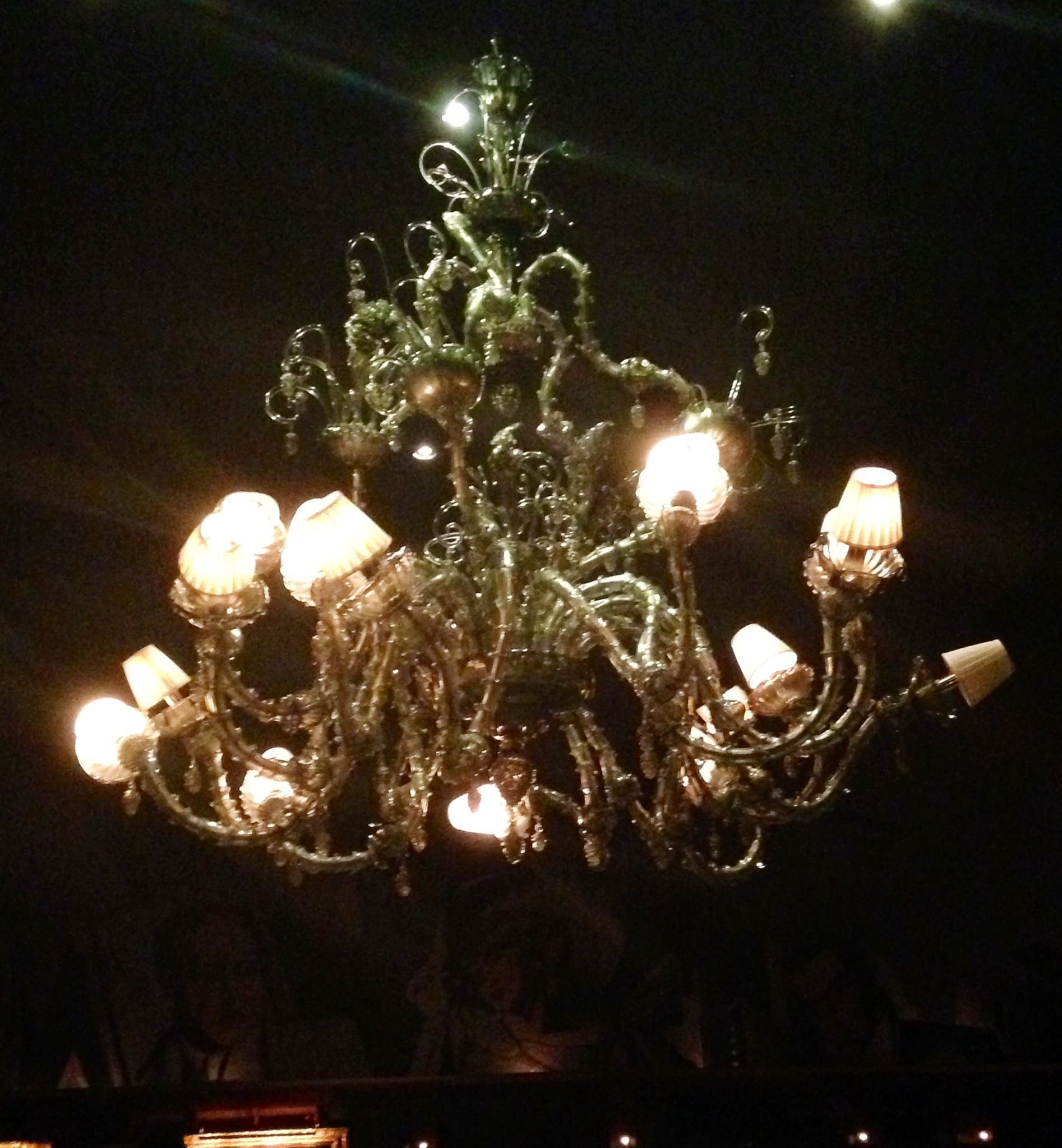 Chandelier at Nick & SAMs uptown Dallas