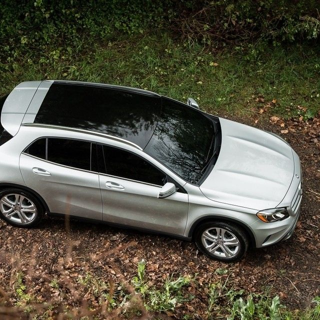 Here S The Overhead Shot You Can See How Large The Panorama Roof Is And You Get A Nice View Of The Hood S Aggressive Twin Powerdomes Long Story Short The Gla