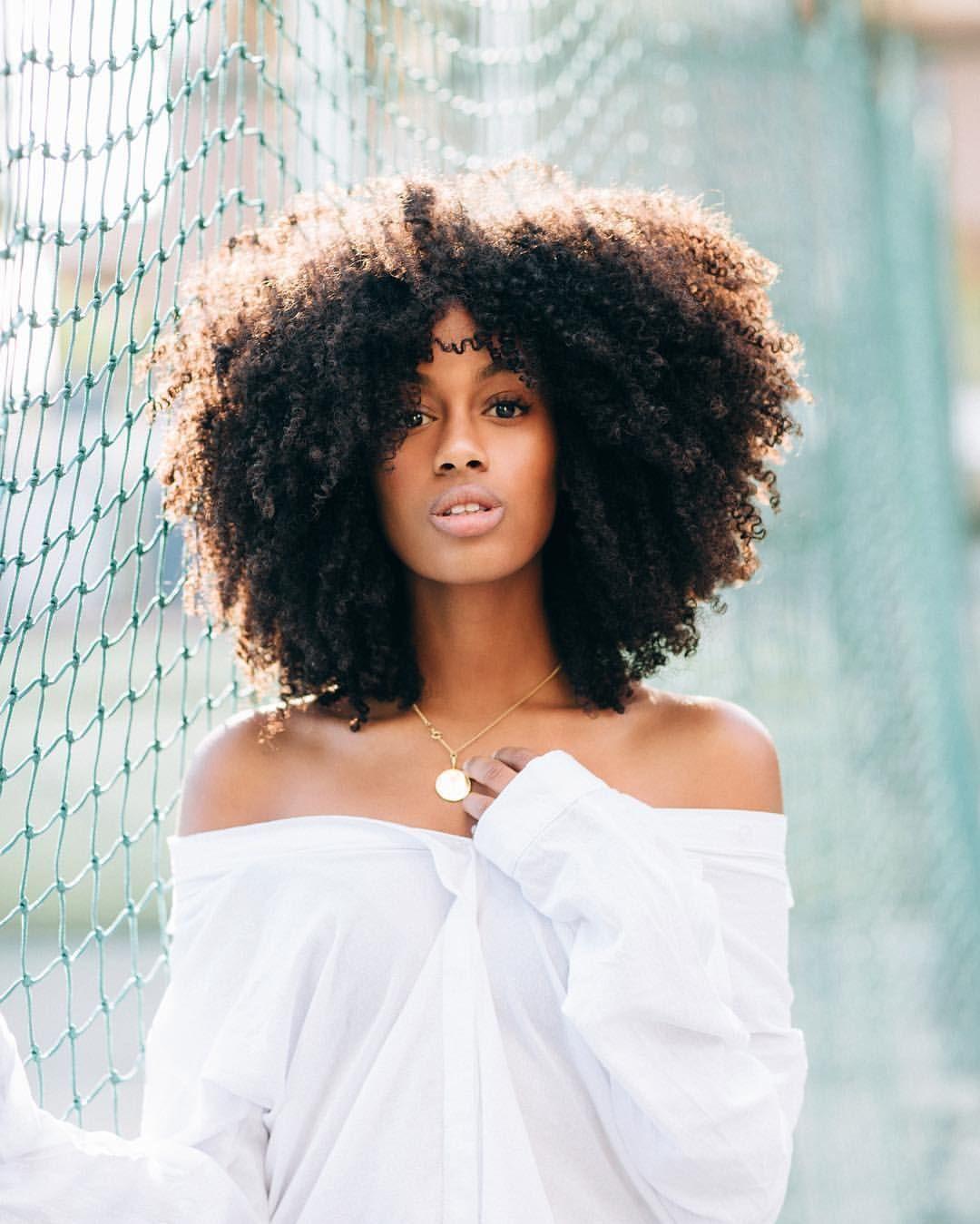 #CurlyHairstylesTrends | Curly hair styles, Hair styles
