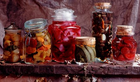 Homestead Survival Food Preservation Letu0027s Talk Methods u0026 What They Are & Self Reliant Network: Food Storage- lots of canning recipes. | Off ...