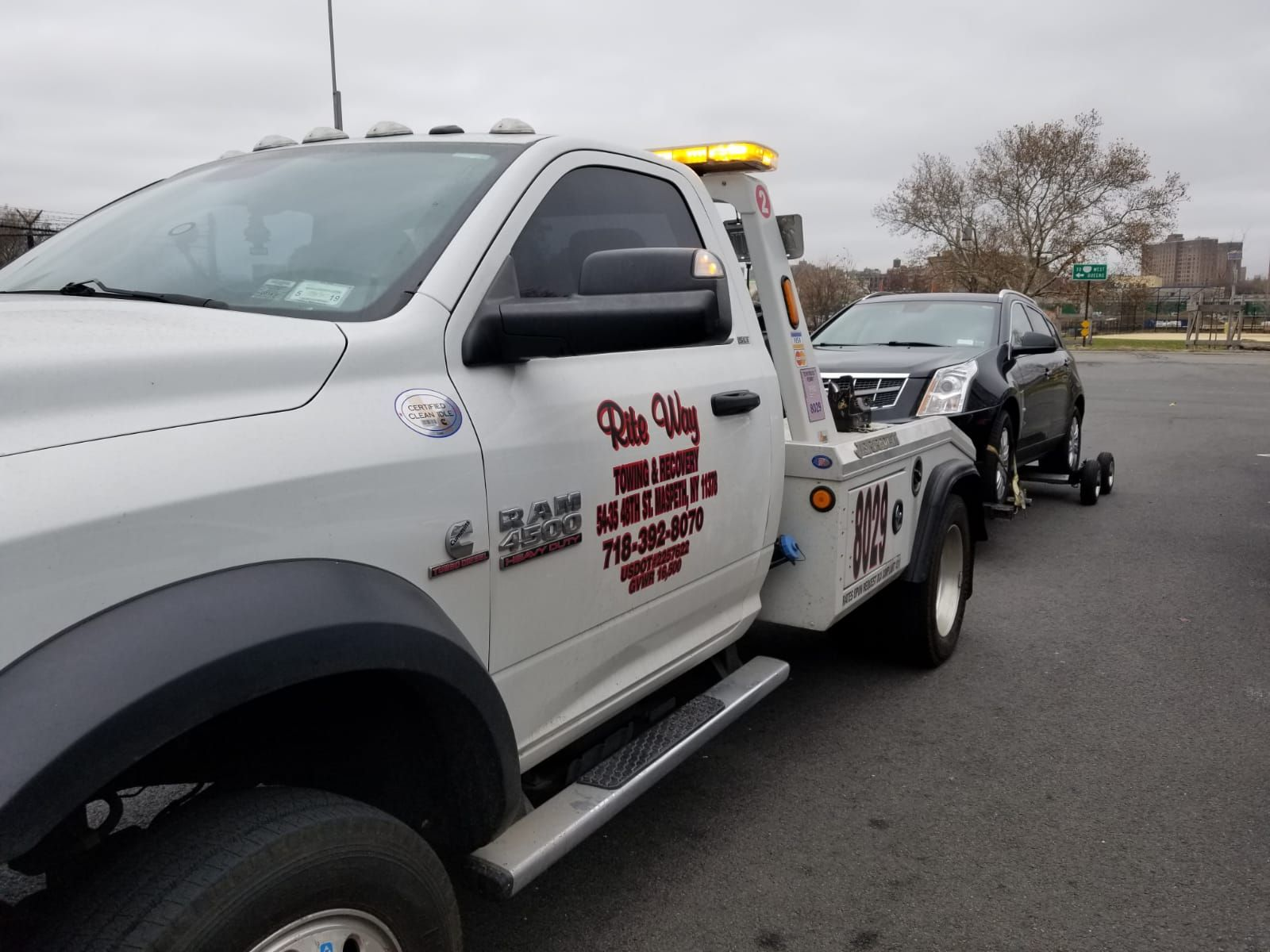 Nyc Roadside Assistance Services Towing Service Roadside Assistance Towing And Recovery