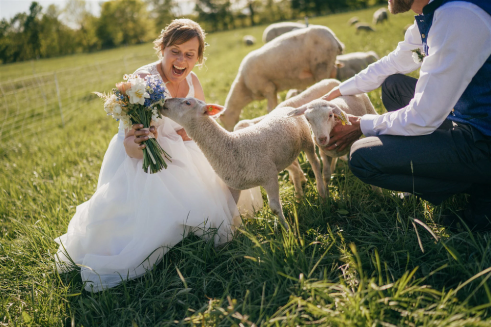 Readers Share Their Best Unexpected Wedding Photos The New York Times In 2020