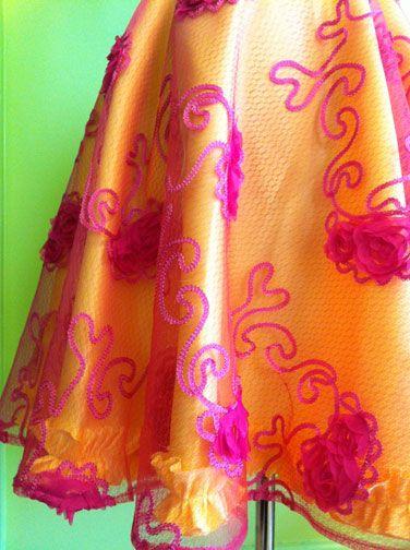 Ensemble: lace overlays
