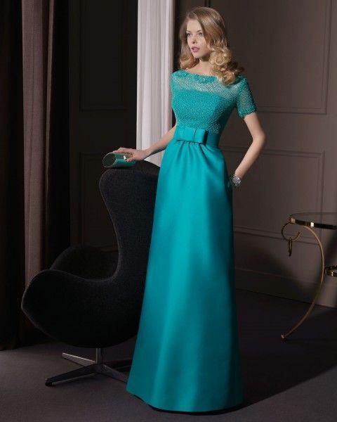En cuanto a colores destacan sobretodo toda la gama de - Colores verdes azulados ...