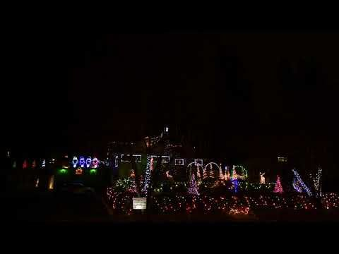 Here The Angels Sing 2017 Dancing Christmas lights Pinterest