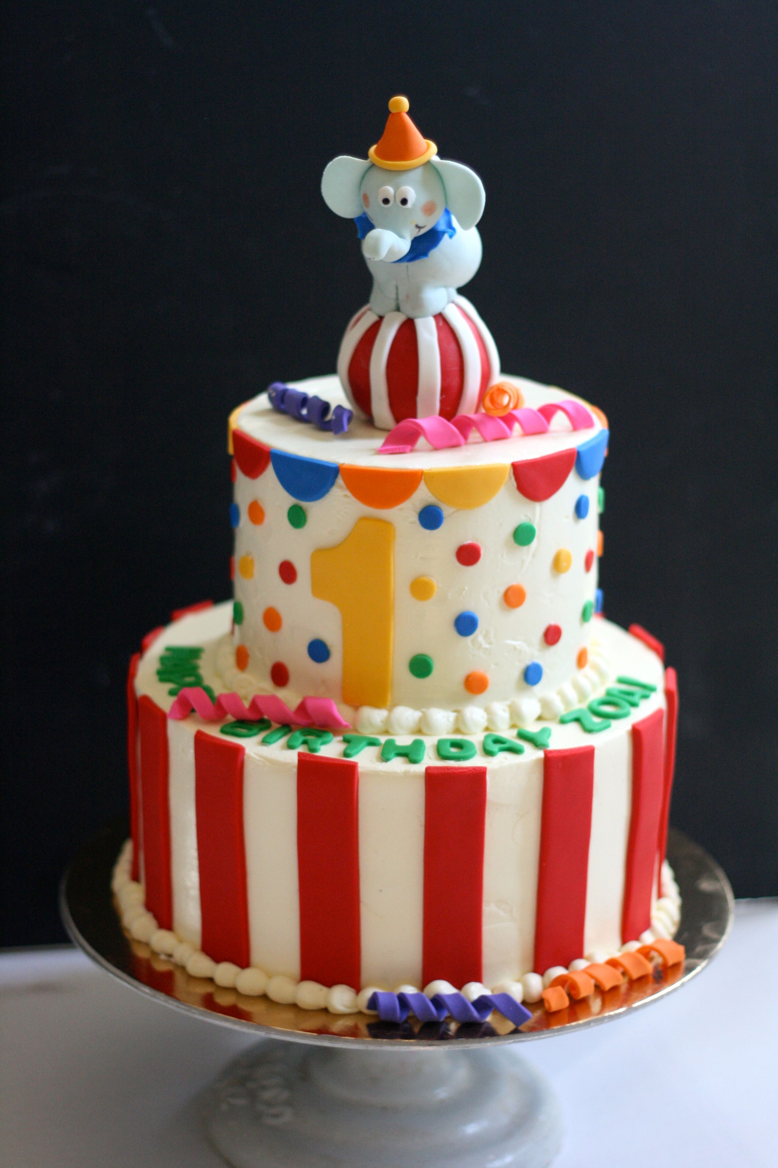 Circus Elephant Cake Kiddie Cakes Pinterest Elephant Cakes