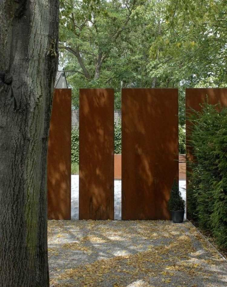brise vue jardin et d co en acier corten 30 id es splendides gardens gates and front fence. Black Bedroom Furniture Sets. Home Design Ideas