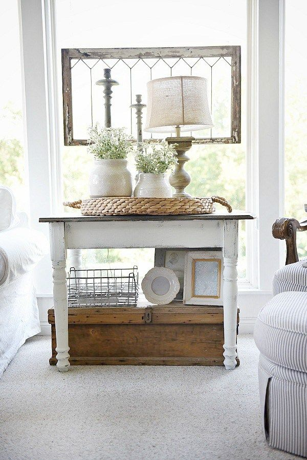 Cozy cottage farmhouse sunroom maison blanche chalkpaint for Farmhouse sunroom ideas