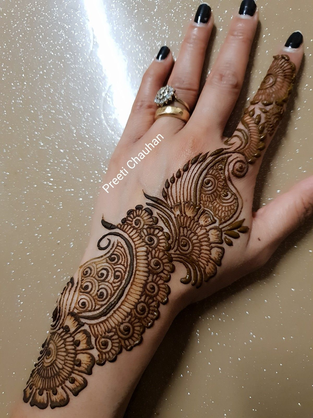 Mehndi desine latest rangoli simple henna hand images also pin by babu saini on jot pinterest designs and rh