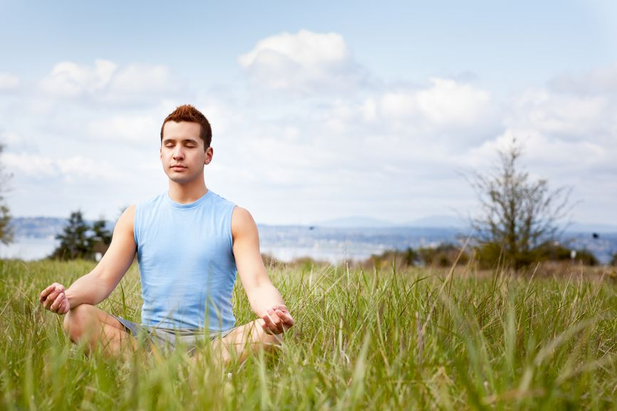 Guys, did you know yoga can prevent sports injuries? #yoga, #yogaformen, #yogabenefits