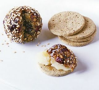 Pan de Higo (almond fig balls).  These sound super yummy and are healthy.