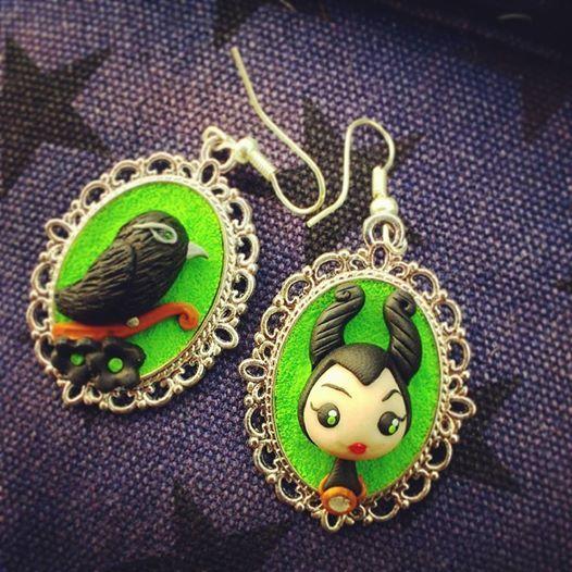 Maleficent and Crow #maleficent #malefica #crow #earrings #angelinajolie #fimo #handmade #polymerclay www.frypperi.it www.facebook.com/frypperi