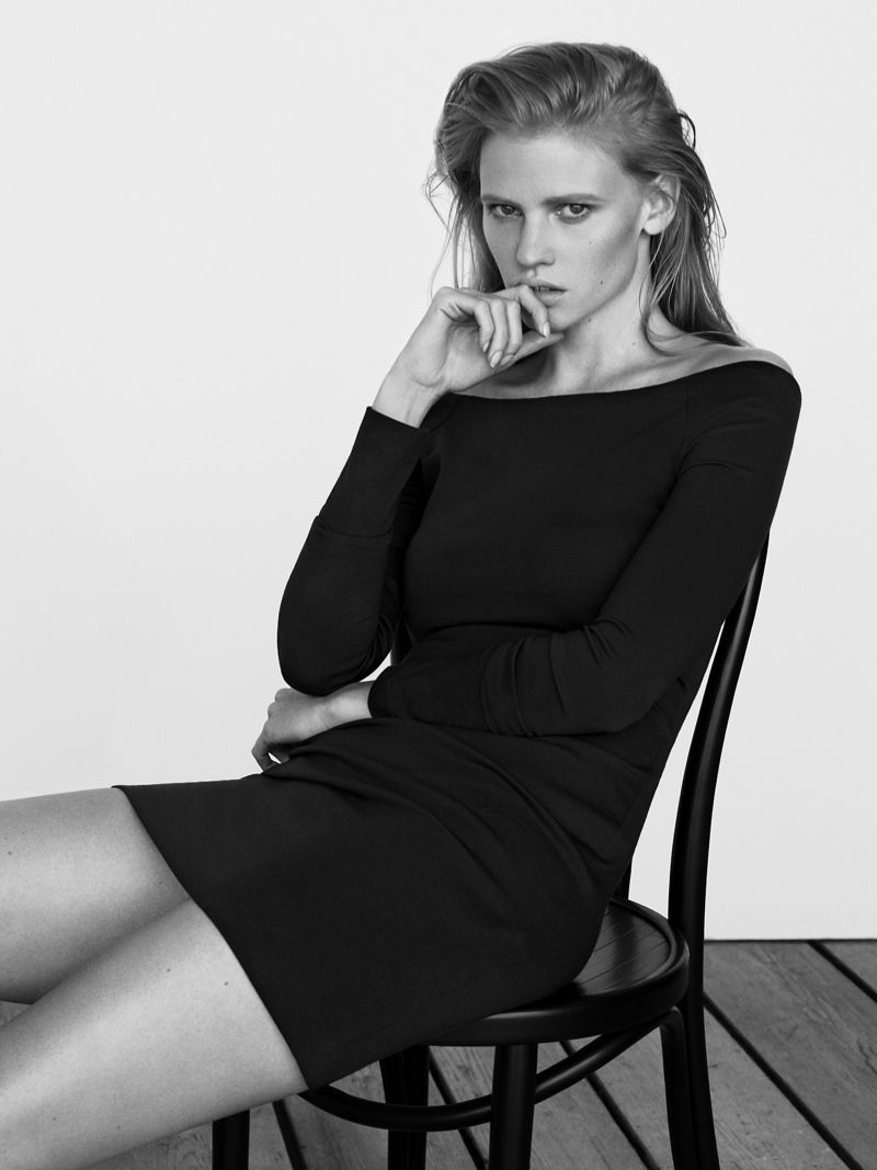 lara stone body shoot4 Lara Stone Stars in The Edit, Talks Post Baby Body