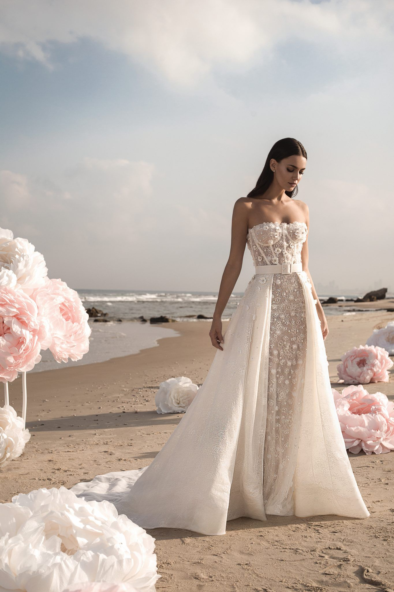 Lee Grebenau Gigi Wedding Gown Strapless Corseted Mermaid Gown With 3d Florals And A Leather Wedding Dresses Wedding Dress Organza Wedding Dresses Strapless [ 2048 x 1365 Pixel ]