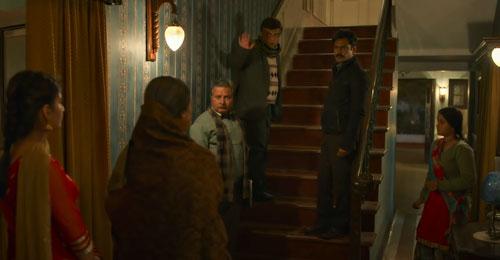 RaatAkeliHai Movie See How Siddiqui Solves Detective