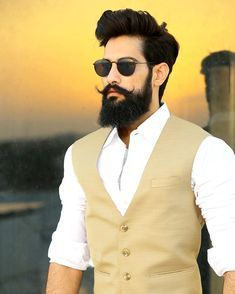 "Photo of Mr. Ranawat | BeardPreneur on Instagram: ""Bizarre BeardStache 🎅….!! . . . #BeardStache  #blogging #beard #moustaches #fashion #style #indianbloggercommunity #indianblogger…"""