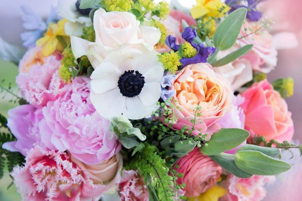 #spring #bouquet #rosieorr #peach #mint. #lilac