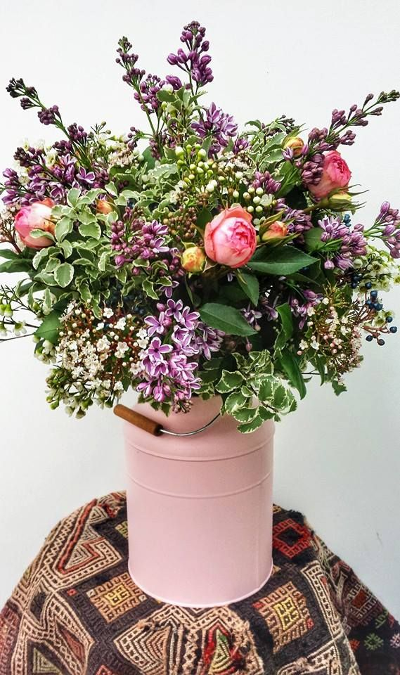 Giant bouquet with Lilac and Roses
