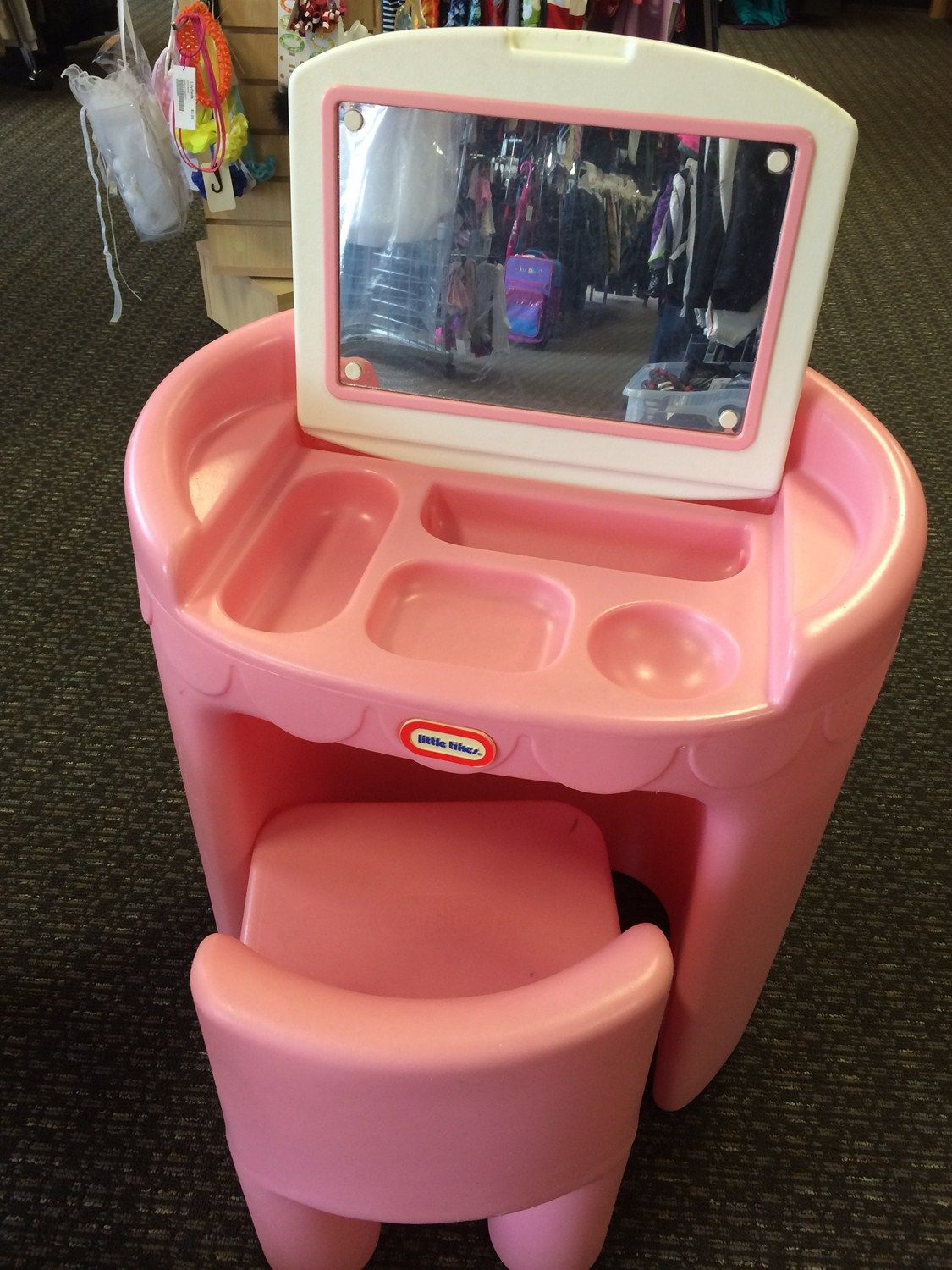 Little tikes makeup vanity and desk let your daughters little tikes makeup vanity and desk let your daughters imagination run wild with this little geotapseo Image collections