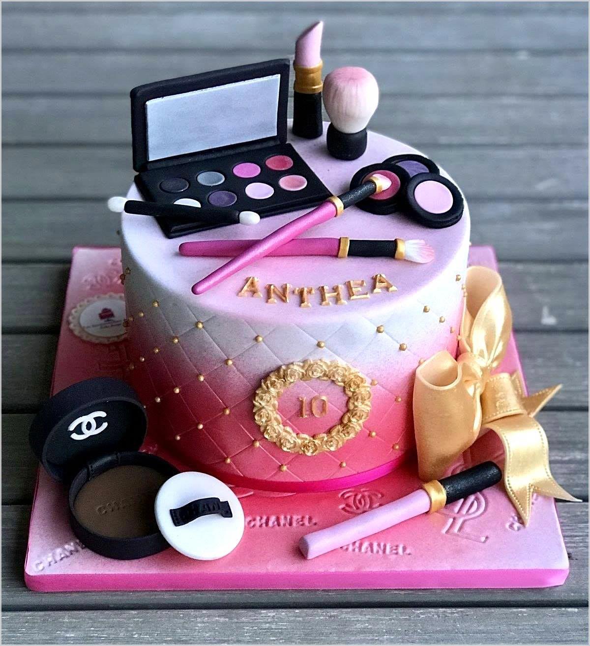 Marvelous Beautiful Birthday Cakes Image By Layla Khoury In 2020 Birthday Funny Birthday Cards Online Sheoxdamsfinfo