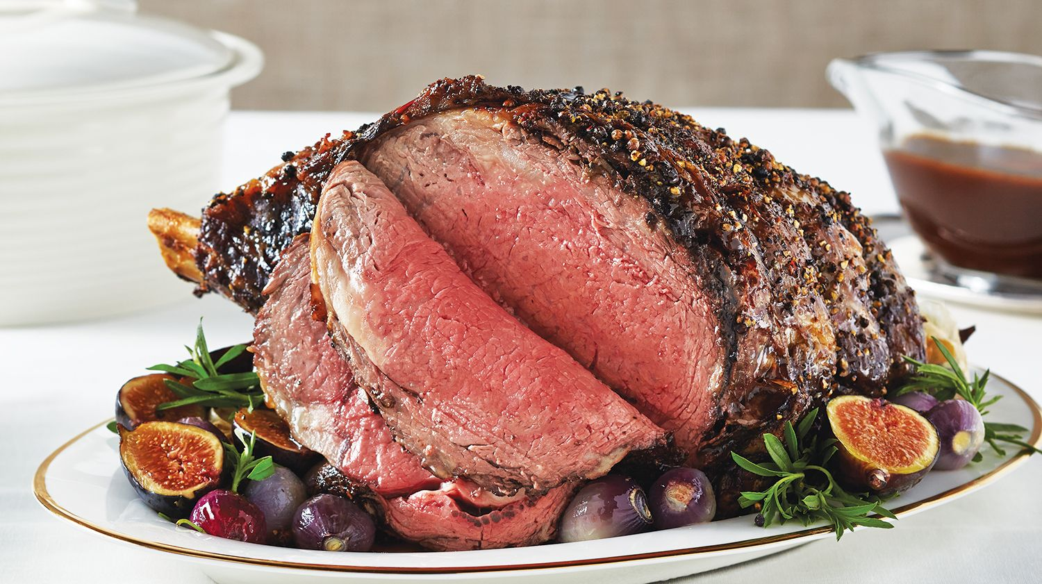 Prime Rib Roast With Shallot Red Wine Gravy Sobeys Inc Recipe Prime Rib Roast Rib Roast Rib Roast Cooking