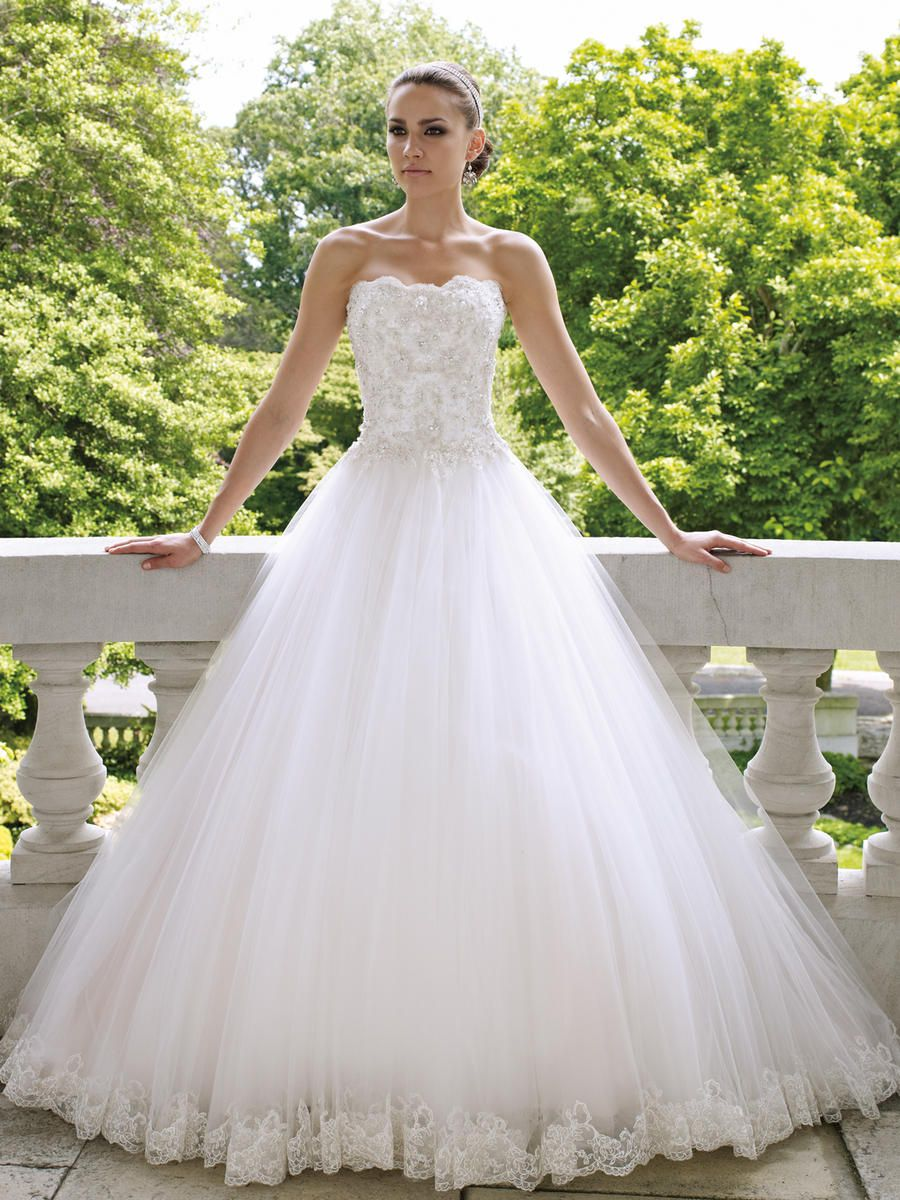 Bella Sposa Sample Mon Cheri Wedding Gown Style 112215 Color Ivory Size 12