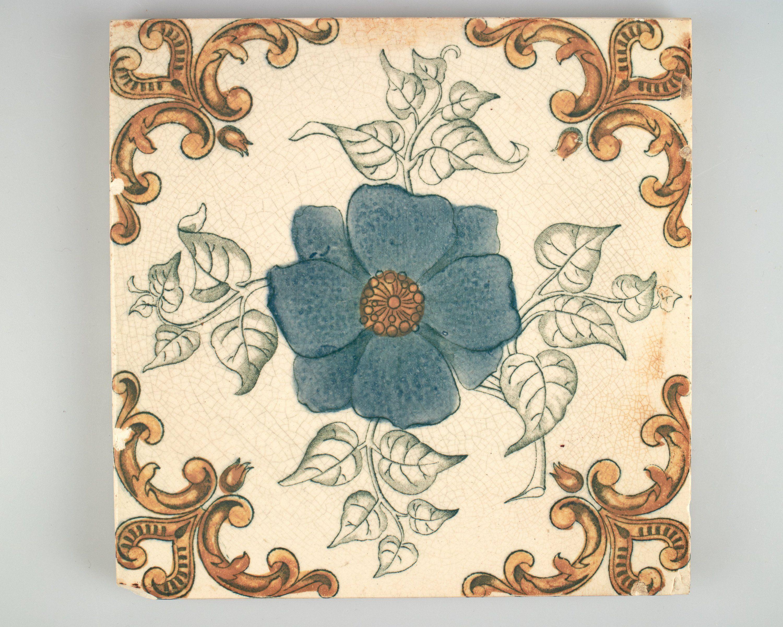 Antique Pilkington Victorian Blue Flower Pottery Tile Circa 1900 By Simoncurtisantiques On Etsy Ceramic Tile Art Art Nouveau Tiles Pottery Angels