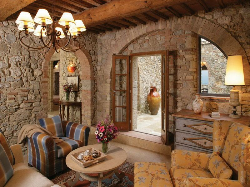 Tuscan farmhouse decorating photo above is other parts for Arredare una taverna rustica
