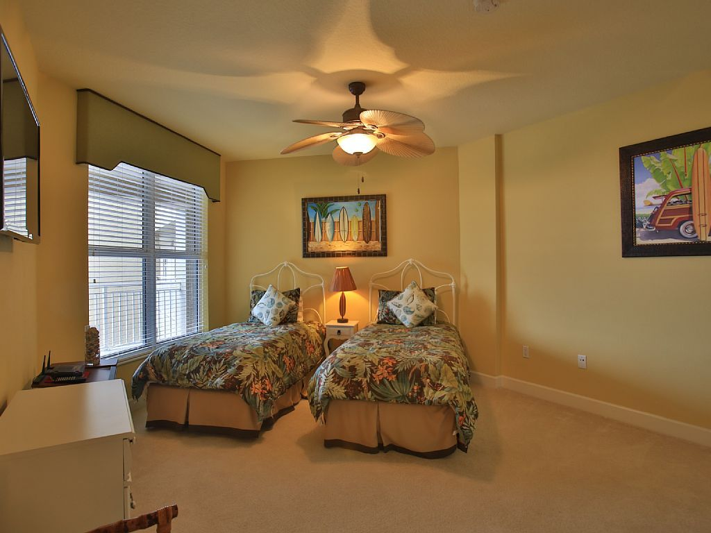Booked 2868 75 Includes Tax Cleaning 2 Wks St Maarten Vacation Rental Vrbo 309461 3 Br Daytona Be Daytona Beach Shores Rental Apartments House Rental