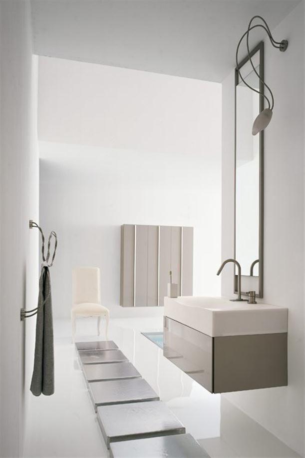 Apartment Bathroom Floor: Carrelage Carreaux Metro.