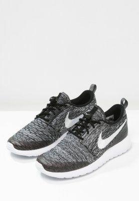 new arrival d4b5e e25a5 Nike Sportswear ROSHE ONE FLYKNIT - Sneaker low - black white cool grey -  Zalando.de