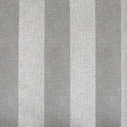 Dise o basado en l neas rectas gris claro y plata en este for Papel pintado gris plata