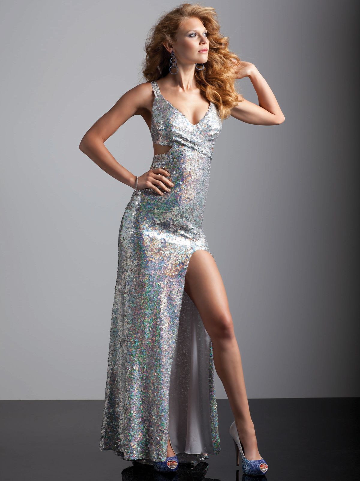 Sparkly prom dress that will make you shine on your prom night this