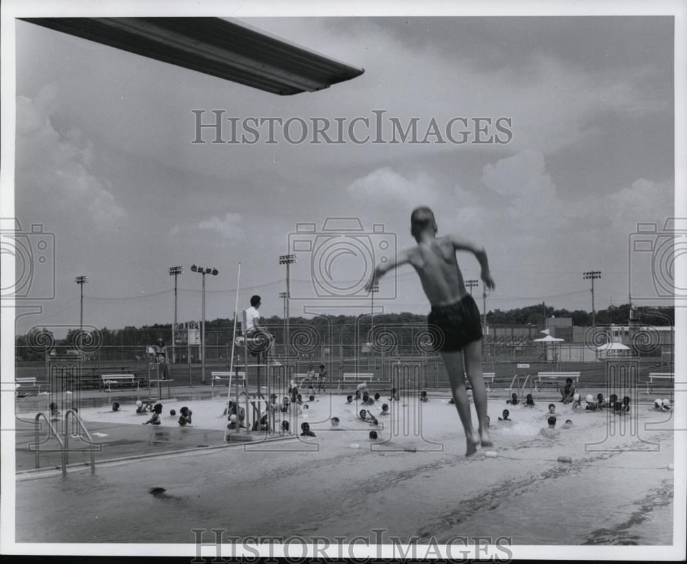 1970 Press Photo Warrensville Heights Ohio Cvb13836 Press Photo Photo Ohio