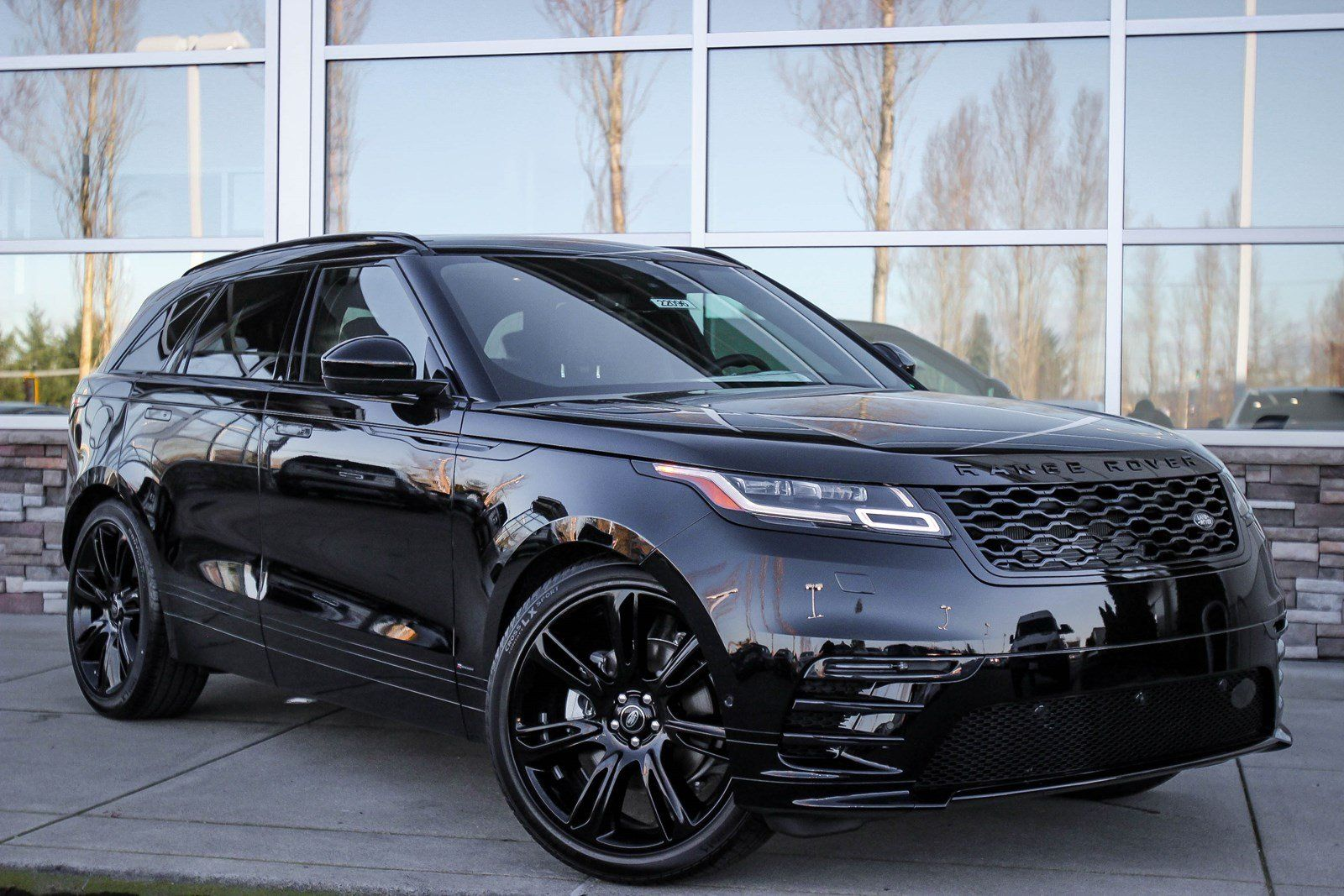 Range Rover Seattle >> 149 New Suvs In Stock Edmonds Cars Range Rover Range