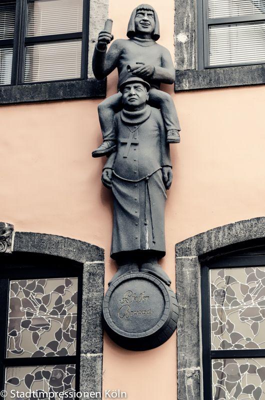 Figuren In Der Kolner Altstadt Koln Offentliche Kunst Stadt Koln Stadt Am Rhein