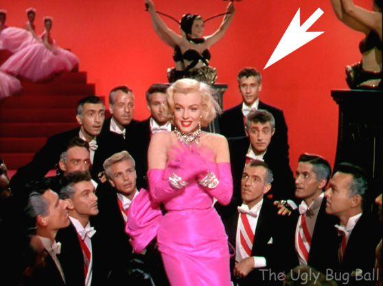 Young dancer Robert Fuller behind Marilyn Monroe in Gentlemen ...