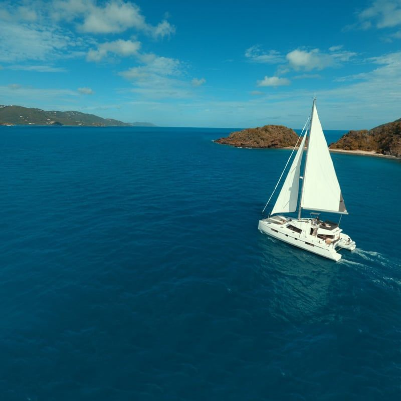 Caribbean Sailing Vacation on Chao Lay | Bluewater Sailing