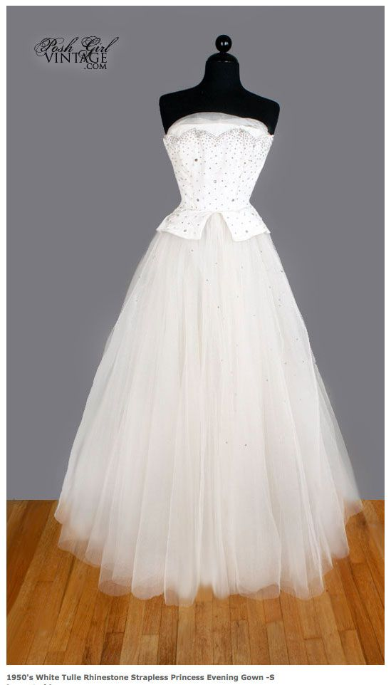 The front our white 1950\'s VINTAGE WEDDING DRESS or evening ball ...