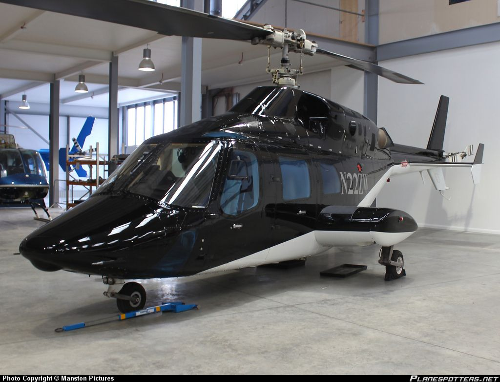 Bell 222 Another Classic And Gorgeous Helicopter Luxury Helicopter Helicopter Bell Helicopter