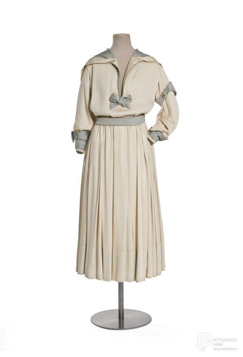 DressJeanne Lanvin, 1916Les Arts Décoratifs