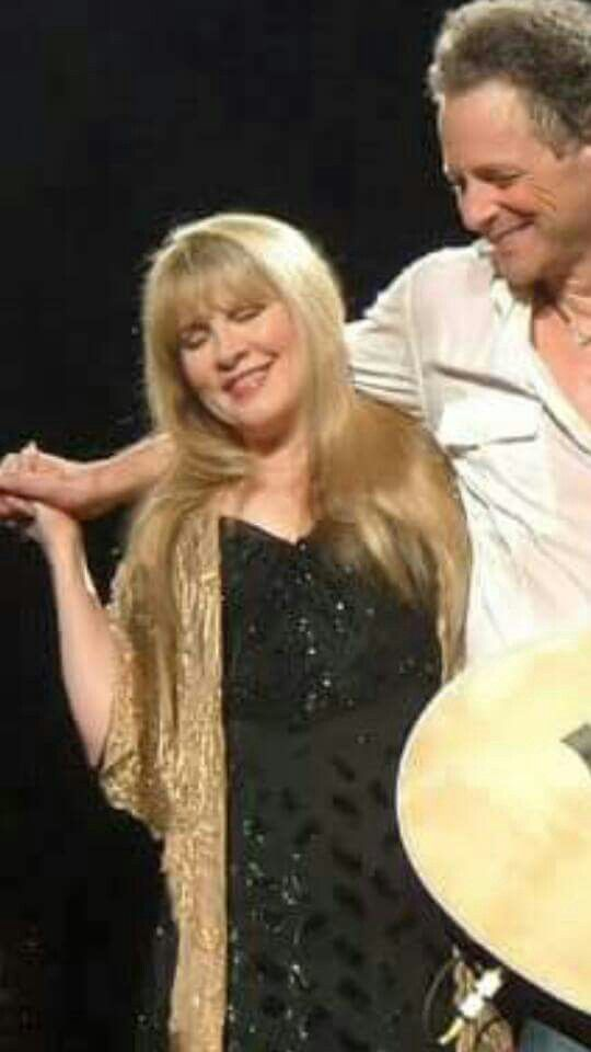 Stevie ~ ღ☆ ☆ღ ~ and friends during a Caribbean islands ... |Stevie Nicks And Lindsey Buck