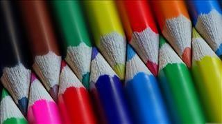 Fonds D Ecran Gratuits Sur Pc Astuces Fond Ecran Crayon De Couleur Crayon