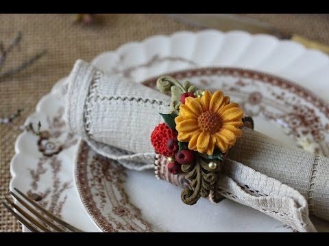 #NEW VIDEO ALERT: How to Make Woodland Cookie Napkin Rings, just in time for Thanksgiving, by Julia M Usher of Recipes for a Sweet Life