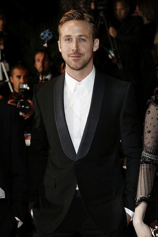 No Tie Tux Ryan Gosling In 2019 Tuxedo For Men Black Tuxedo Tuxedo