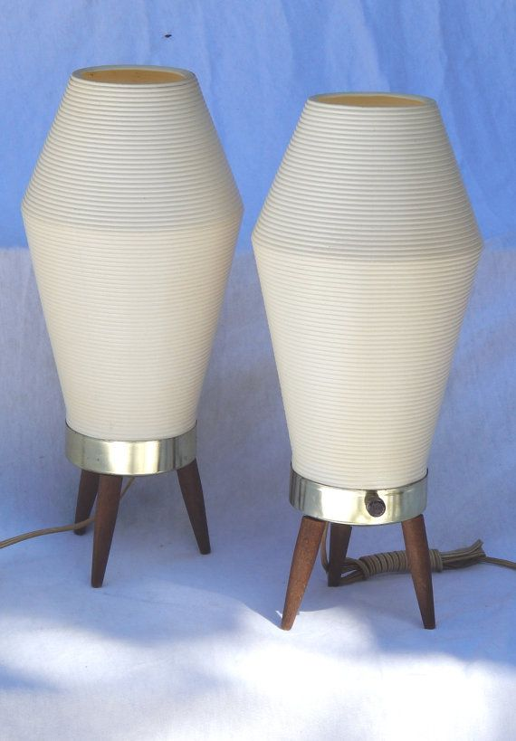 Atomic Beehive // Vintage Lamp // Basketweave Shade // Tripod Base // Pair
